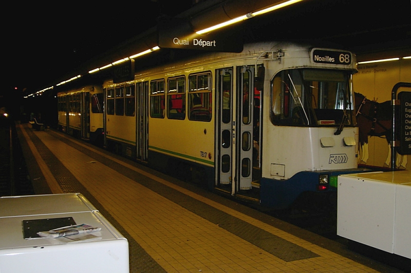 http://www.wiesloch-kurpfalz.de/Strassenbahn/Bilder/normal/Marseille/noailles02.jpg