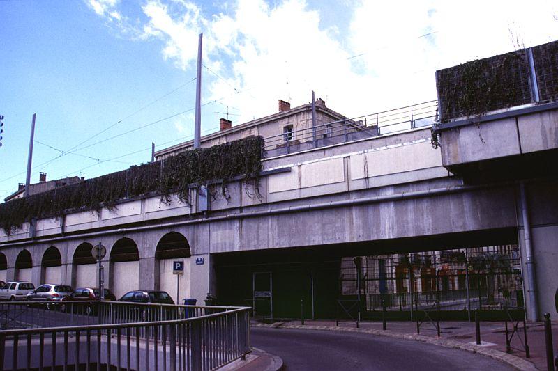 http://www.wiesloch-kurpfalz.de/Strassenbahn/Bilder/normal/Montpellier/06x075.jpg