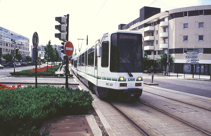 http://www.wiesloch-kurpfalz.de/Strassenbahn/Bilder/normal/Nantes/95x336.jpg