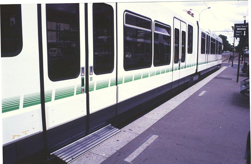 http://www.wiesloch-kurpfalz.de/Strassenbahn/Bilder/normal/Nantes/95x351.jpg