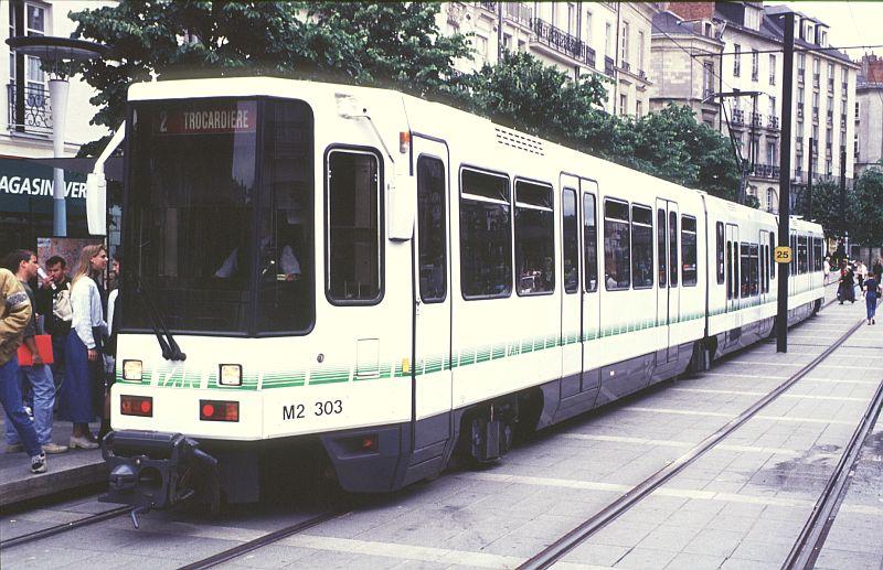 http://www.wiesloch-kurpfalz.de/Strassenbahn/Bilder/normal/Nantes/95x377.jpg