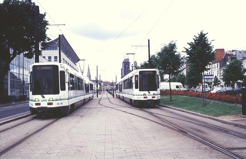 http://www.wiesloch-kurpfalz.de/Strassenbahn/Bilder/normal/Nantes/95x384.jpg