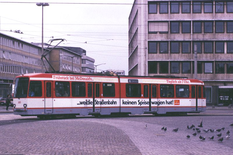 http://www.wiesloch-kurpfalz.de/Strassenbahn/Bilder/normal/Nuernberg/89x356zj5.jpg