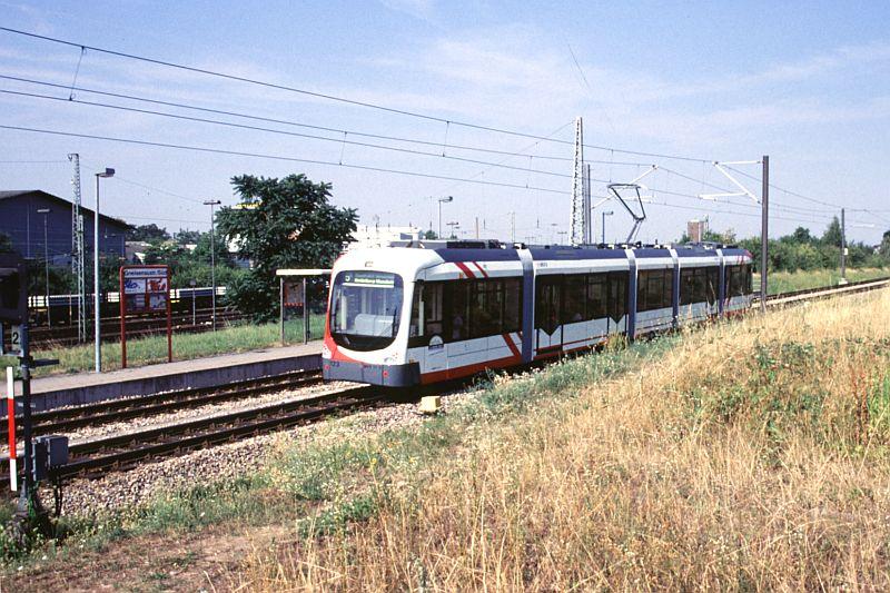 http://www.wiesloch-kurpfalz.de/Strassenbahn/Bilder/normal/OEG/03x393.jpg