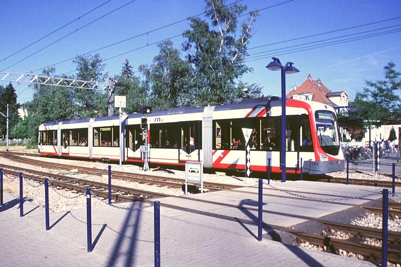http://www.wiesloch-kurpfalz.de/Strassenbahn/Bilder/normal/OEG/05x254.jpg