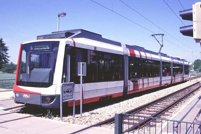 http://www.wiesloch-kurpfalz.de/Strassenbahn/Bilder/normal/OEG/07x263.jpg