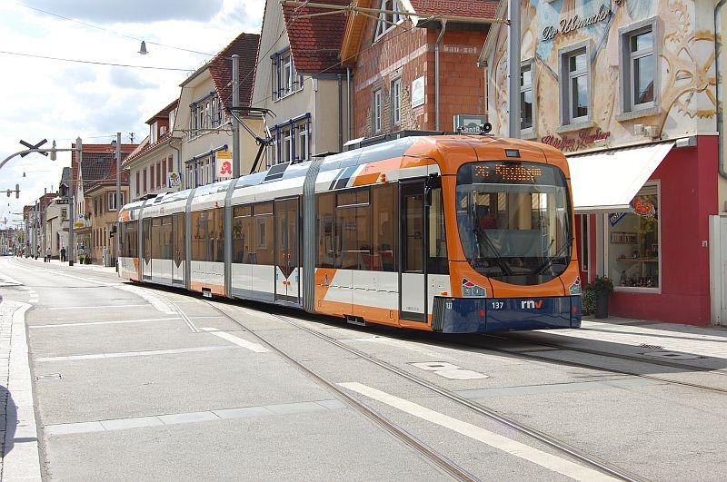 http://www.wiesloch-kurpfalz.de/Strassenbahn/Bilder/normal/OEG/07x555.jpg