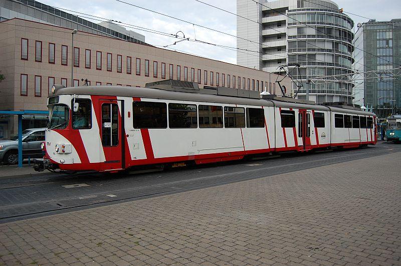 http://www.wiesloch-kurpfalz.de/Strassenbahn/Bilder/normal/OEG/07x969.jpg
