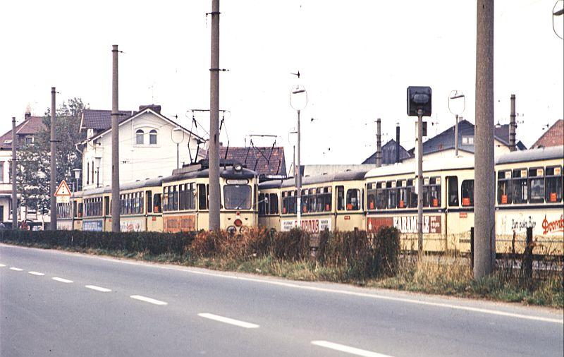 http://www.wiesloch-kurpfalz.de/Strassenbahn/Bilder/normal/OEG/73x140.jpg