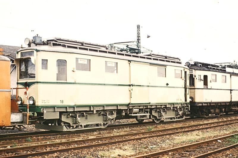 http://www.wiesloch-kurpfalz.de/Strassenbahn/Bilder/normal/OEG/73x149.jpg