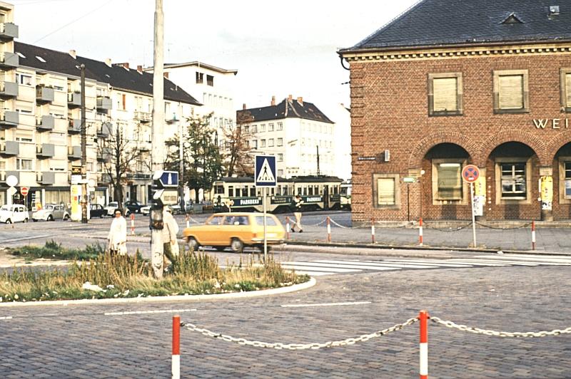 http://www.wiesloch-kurpfalz.de/Strassenbahn/Bilder/normal/OEG/73x239.jpg