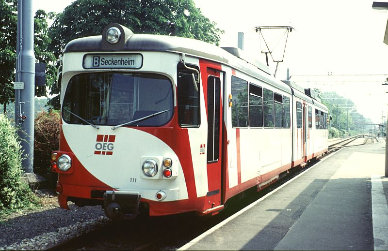 http://www.wiesloch-kurpfalz.de/Strassenbahn/Bilder/normal/OEG/91x387.jpg