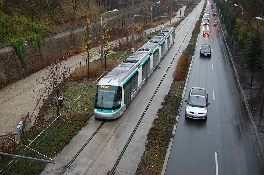 http://www.wiesloch-kurpfalz.de/Strassenbahn/Bilder/normal/Paris/14x1444.jpg