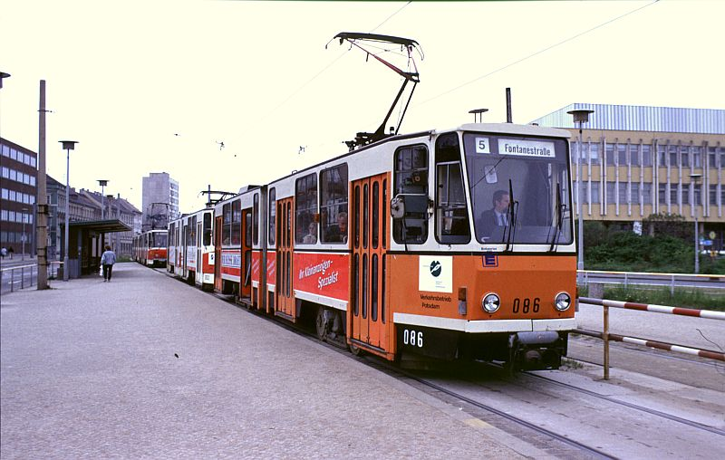 http://www.wiesloch-kurpfalz.de/Strassenbahn/Bilder/normal/Potsdam/91x167.jpg
