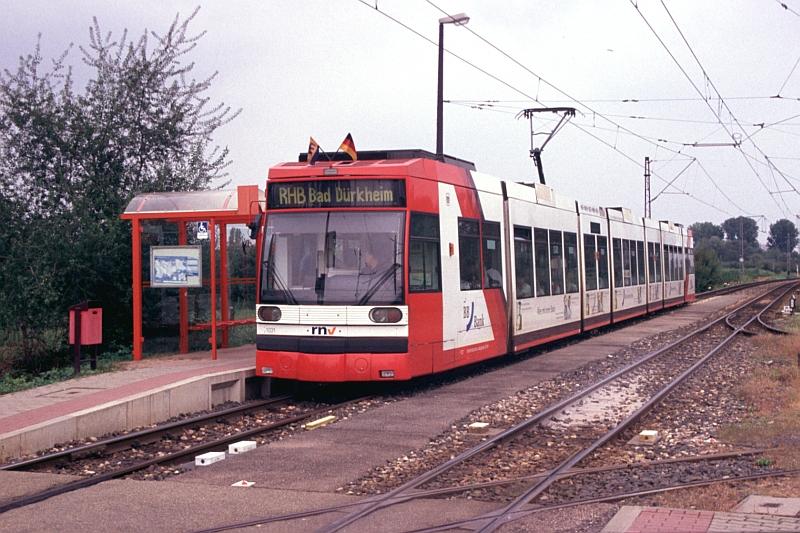 http://www.wiesloch-kurpfalz.de/Strassenbahn/Bilder/normal/Rhein-Haardt-Bahn/06x663.jpg