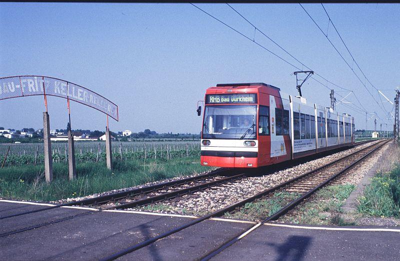 http://www.wiesloch-kurpfalz.de/Strassenbahn/Bilder/normal/Rhein-Haardt-Bahn/98x261.jpg
