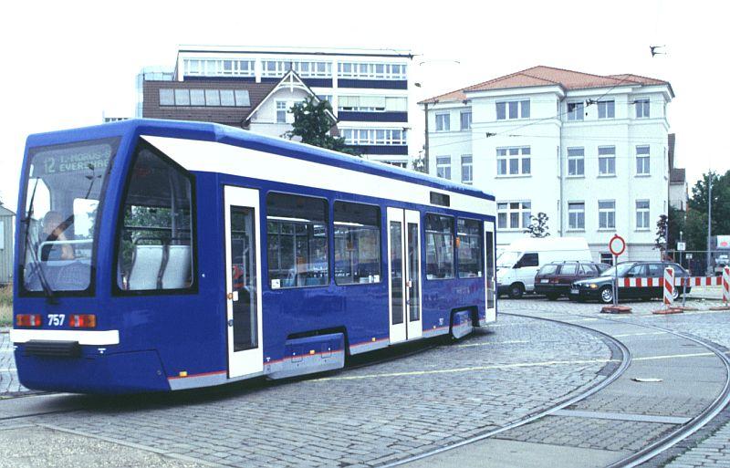 http://www.wiesloch-kurpfalz.de/Strassenbahn/Bilder/normal/Rostock/01x667.jpg