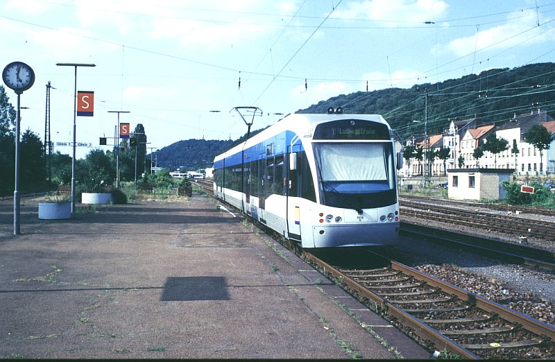 http://www.wiesloch-kurpfalz.de/Strassenbahn/Bilder/normal/Saarbruecken/98x414.jpg