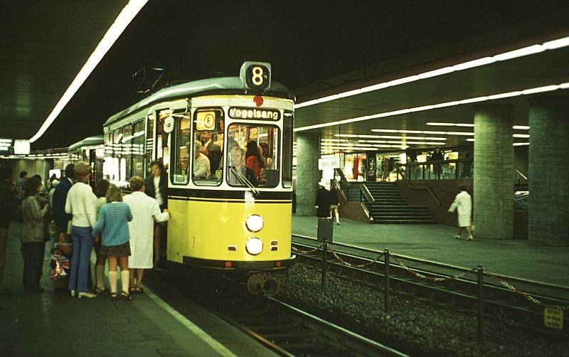 http://www.wiesloch-kurpfalz.de/Strassenbahn/Bilder/normal/Stuttgart/72x141.jpg
