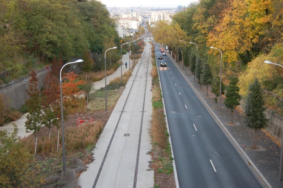 http://www.wiesloch-kurpfalz.de/Strassenbahn/Bilder/normal/T6/2013%20120.jpg