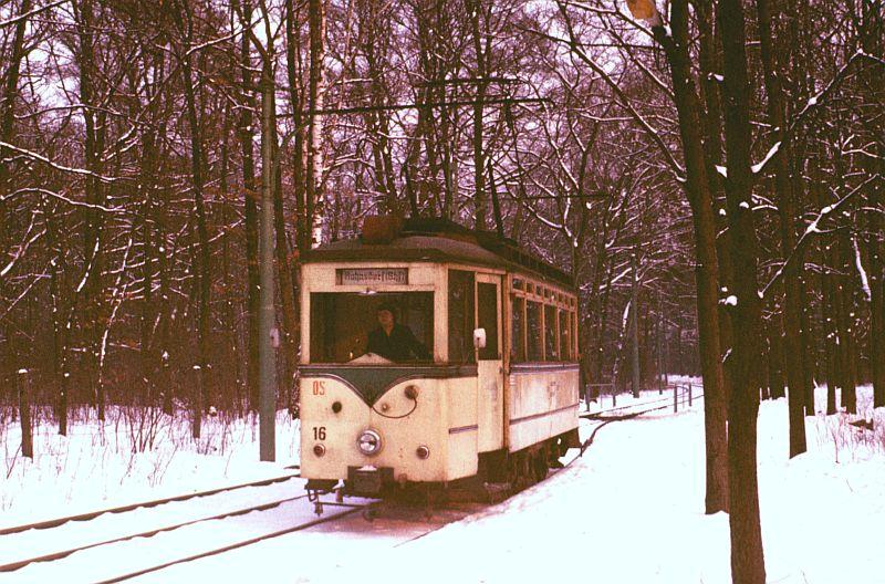 http://www.wiesloch-kurpfalz.de/Strassenbahn/Bilder/normal/Woltersdorf/78x009.jpg