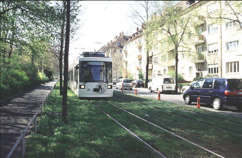 http://www.wiesloch-kurpfalz.de/Strassenbahn/Bilder/normal/Wuerzburg/03x129.jpg