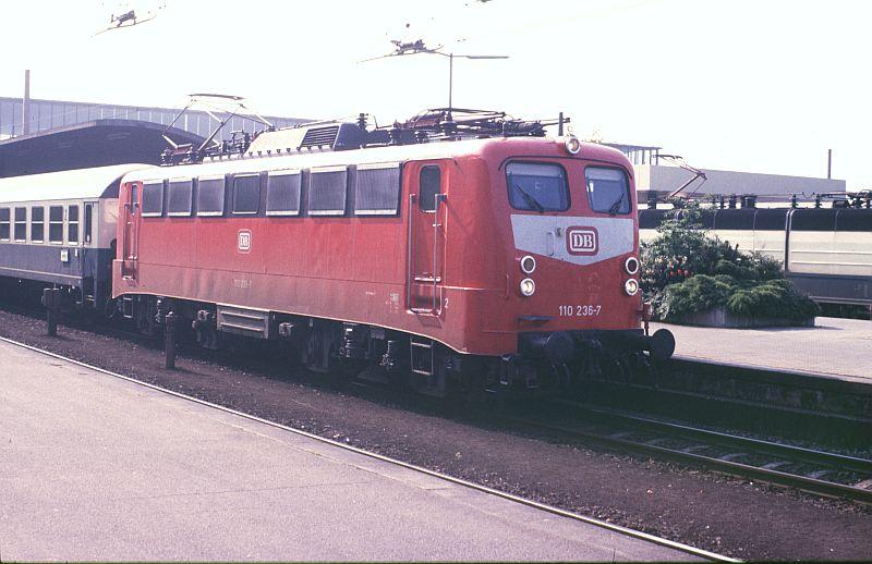 http://www.wiesloch-kurpfalz.de/bahn/Geschichten/1/89x193.jpg